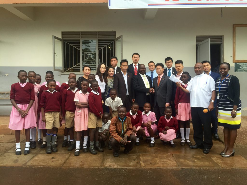 Chinese community donates to sustain orphans in school